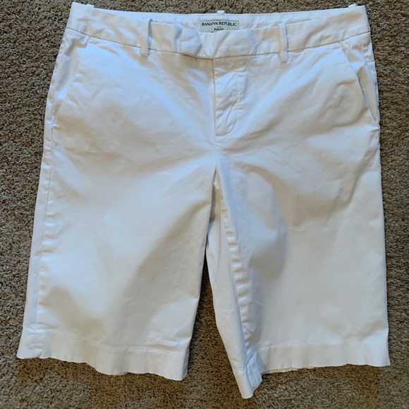 Banana Republic Pants - Banana Republic White Bermuda Shorts